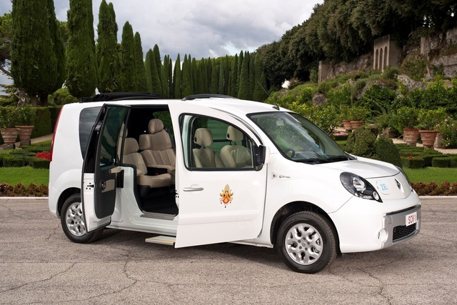 Renault: E-Fahrzeuge für den Vatikan - Umweltschonende Alternative zum Papamobil