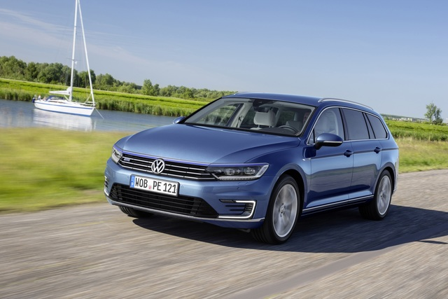 VW-Mittelklasse vor Produktionsaus in Emden - Passat künftig aus Tschechien?