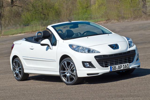 Peugeot Sondermodell 207 CC - Schwarz und weiß