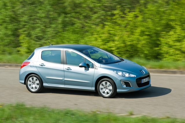 Peugeot 308 - Start-Stopp-Diesel wird sparsamer