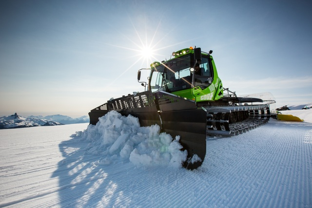 Panorama: Kässbohrer Pistenbully 600 E+ - Schnee von morgen