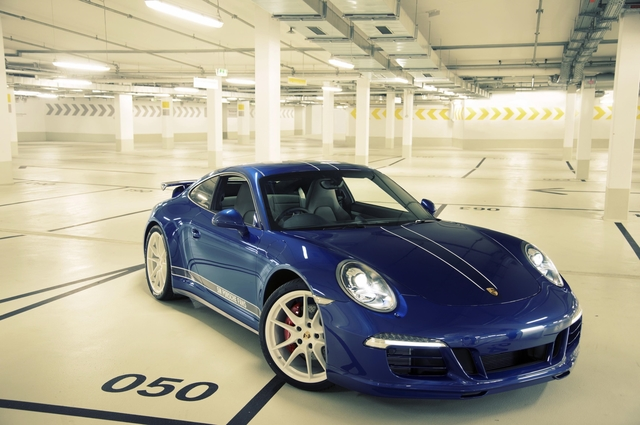 Facebook-Porsche - Der Durchschnitts-Sportler