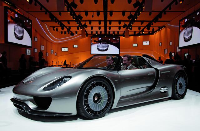 Porsche 918 Spyder: Plug-In-Hybrid mit Rennsporttechnik