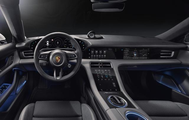 Porsche Taycan: Blick ins Cockpit - Maximal digital