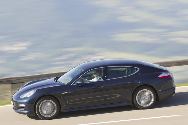 Porsche Panamera S Hybrid - So schnell war noch keiner (Kurzfassung)
