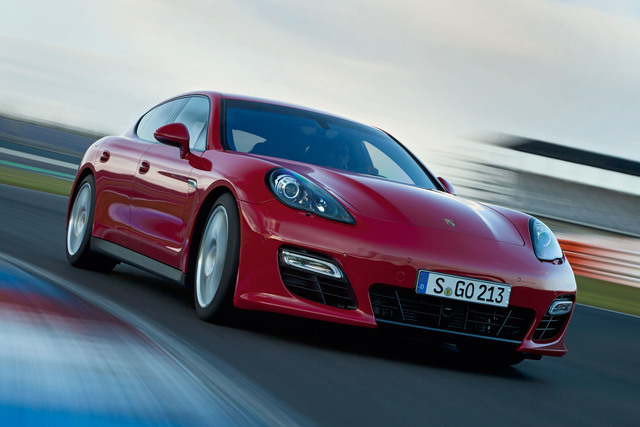 Porsche Panamera GTS - Ein 30 PS-Schippchen drauf gelegt