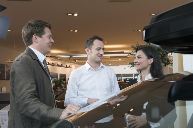 Ratgeber Autokredit - Autohaus-Finanzierung kann teuer werden