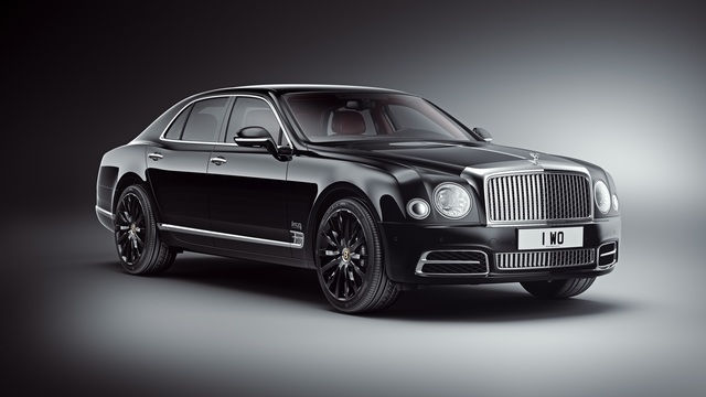 Bentley Mulsanne W.O. Edition by Mulliner  -  Mit historischer Kurbelwelle im Fond