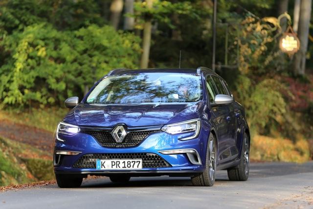 Test: Renault Mégane Grandtour GT - Rot sehen und blau fahren