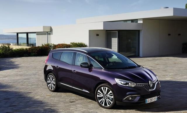Renault Scenic Initiale Paris - Pralles Pärchen