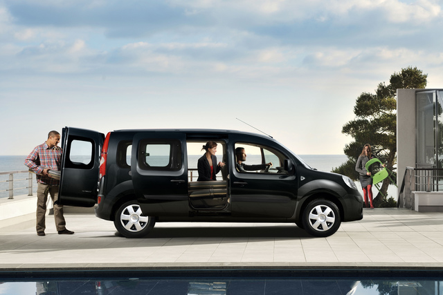 renault grand kangoo l nge f r die dritte reihe. Black Bedroom Furniture Sets. Home Design Ideas