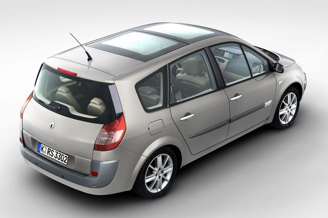 Renault bittet Scenic II in die Werkstätten