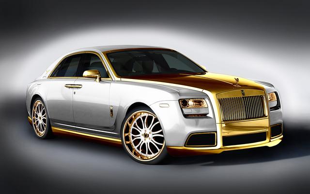Getunter Rolls-Royce - Goldkettchen auf Rädern