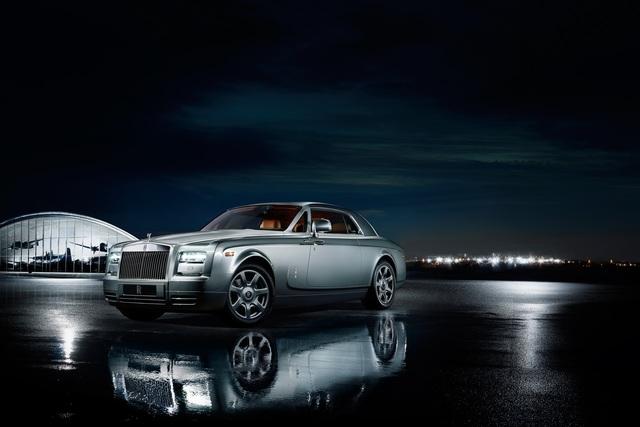 Rolls-Royce Phantom Coupe Aviator Collection - Zu Lande wie in der Luft