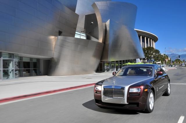 Rolls-Royce Ghost: Kuschelkurs bei Rolls-Royce (kurz)