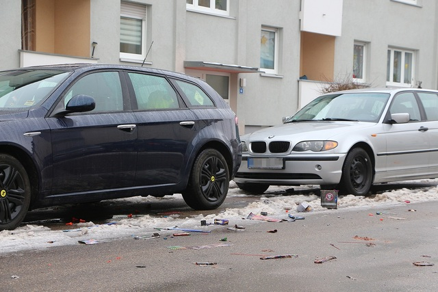 Ratgeber: Silvesterfeuerwerk kann Autos schädigen - Böser Böllerterror