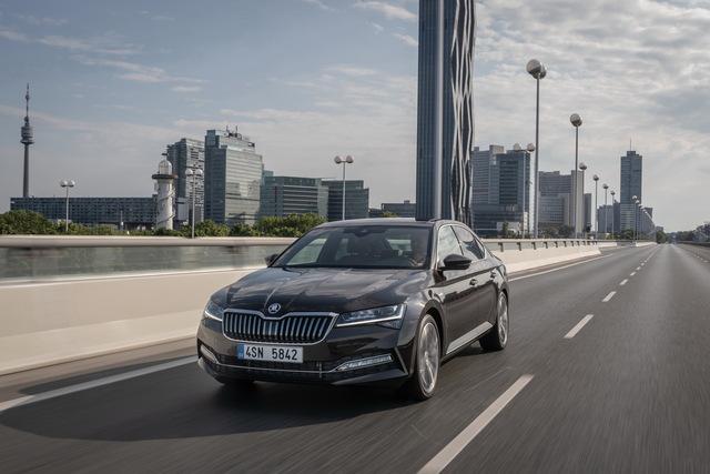 Skoda Superb - Top-Benziner jetzt sauberer