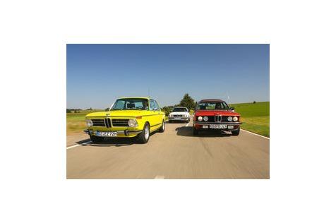 Bmw 2002 Tii 323i E21 Und 325e E30 Im Fahrbericht Die Sportliche