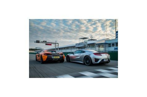 Honda NSX gegen McLaren570S: Drehmomenthammer trifftTurboloch