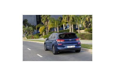Hyundai i30 (2017) im Fahrbericht: Jetzt mit mehr Platz, LEDs und Assistenzsystemen