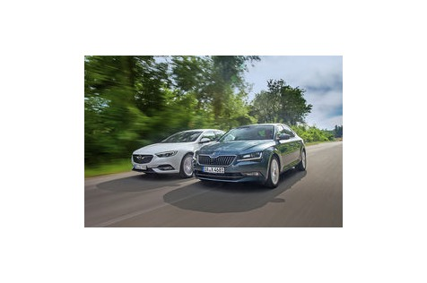 Test: Opel Insignia 2.0 D und Skoda Superb 2.0TDI: Wie Superb ist derInsignia?