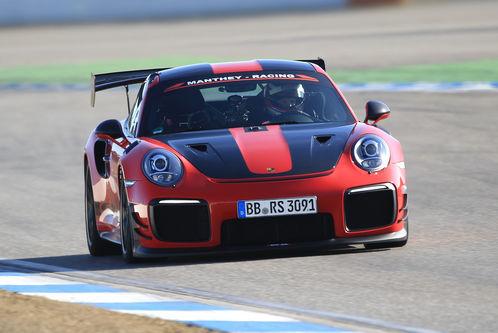 Manthey-Porsche 911 GT2 RS MR im Test: Bereits sein fünfter Streckenrekord