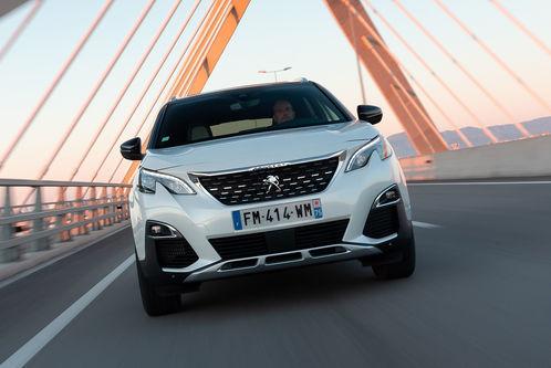 Peugeot 3008 Hybrid4 (2020): Mit der Kraft aus drei Herzen