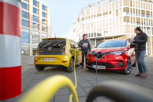 Renault Zoe und VW E-Up im Vergleich: E-Mobilität für fast alle?