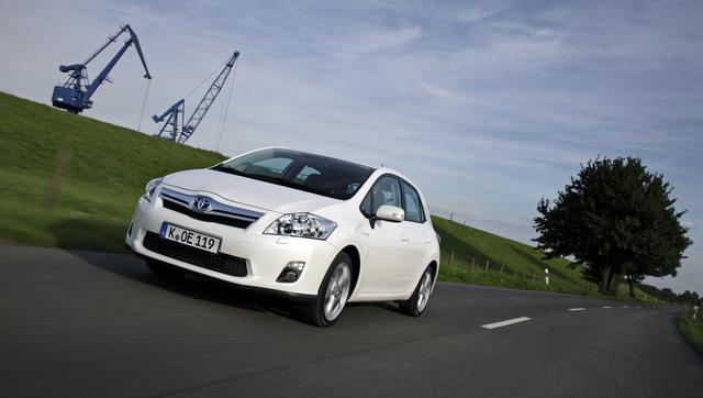 Toyota Auris Hybrid: Der Prius für Jedermann (Kurzfassung)