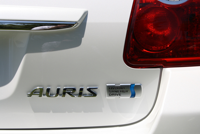 Toyota plant deutliche Steigerung der Hybrid-Verkäufe in Europa