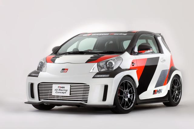 Toyota iQ Racing Concept - Unter Druck