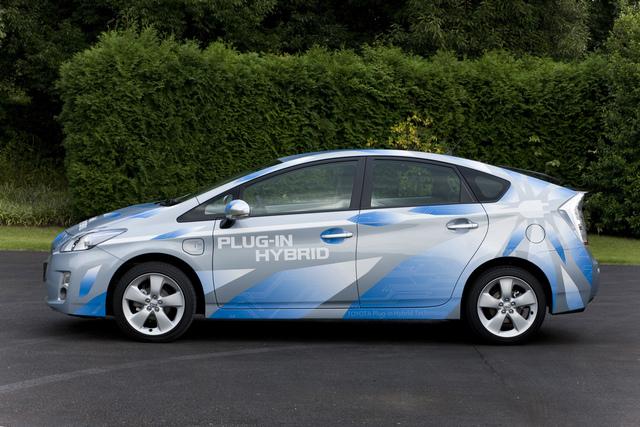 Toyota Prius Plug-in Hybrid: 20 Kilometer stromern (Vorbericht)