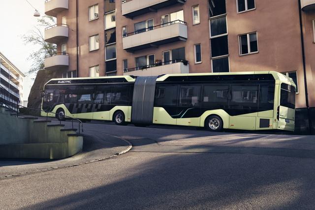 E-Gelenkbus Volvo 7900 EA - Fahrgast-Riese mit Maxi-Akku