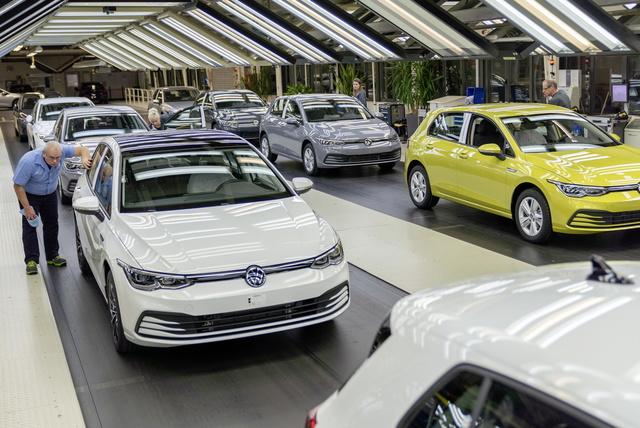 Deutscher Pkw-Markt - Kräftiges Zulassungsplus, schwächelnder Export