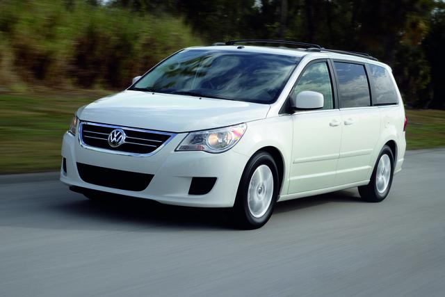 VW ruft US-Minivan Routan in die Werkstätten