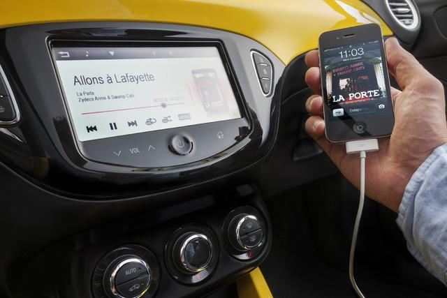 5x Podcasts rund ums Auto - Benzingespräche für unterwegs