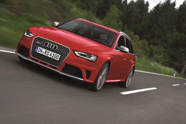 Audi RS4 Avant - Schnelltransporter für eilige Familienväter (Kurzfassung)