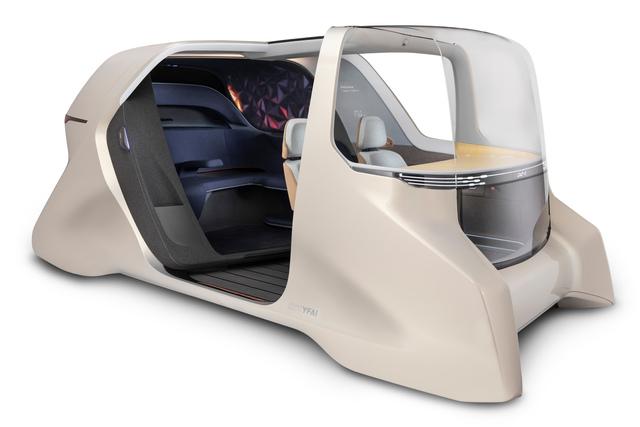 Interieur-Studie für autonome Sammeltaxis - Ein Raum, zwei Welten