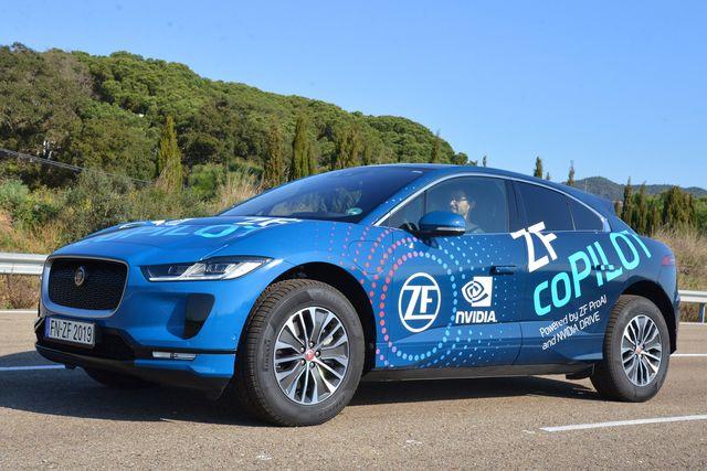"""ZF und Nvidia zeigen """"ZF coPILOT"""" - Superhirn für teilautomatisiertes Fahren"""