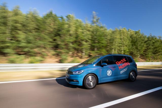 ZF entwickelt E-Motor mit Zwei-Stufen-Automatik - Elektrisch geschaltet