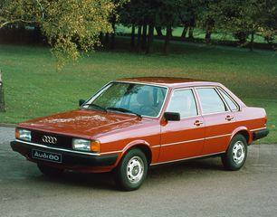 Tradition: 40 Jahre Audi 80/Audi 90 (B2) - Kante zeigen in der Mitt...