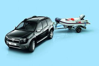 Dacia Duster und Yamaha Boot - Flexible Kooperation
