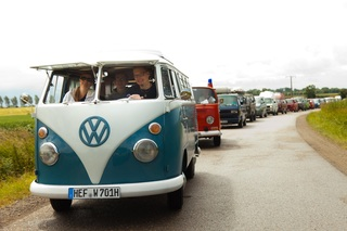 Tradition: 70 Jahre Volkswagen Transporter - Ben und die Bullies