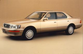 Tradition: 30 Jahre Lexus und Infiniti - Krieg den Sternen