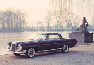Tradition 60 Jahre Mercedes-Benz 220 SE bis 300 SE Coupé/Cabrio (W ...