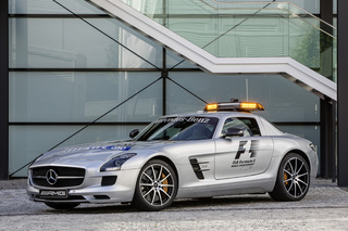 Mercedes SLS AMG GT Safety Car - Sicherheit mit fast 600 PS
