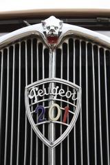 Tradition: 90 Jahre Peugeot 201 bis 208 - Und das Leben ist doch ei...