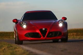 Alfa Romeo 4C - Die Fahrmaschine aus Modena (Kurzfassung)