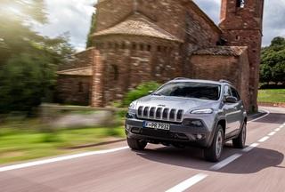 Fiat-Chrysler zahlt Hacker-Prämie - Belohnung für gefundene Schwach...