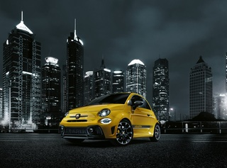 Abarth liftet 595 Custom, Turismo und Competizione - Turbo-Triple o...